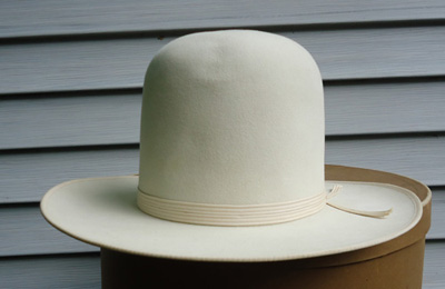 65136f6fb1dff The number one quality (No. 1 Quality) western was originally one of  Stetson s mid priced hats. This particular one is in a beautiful white and  sported a ...